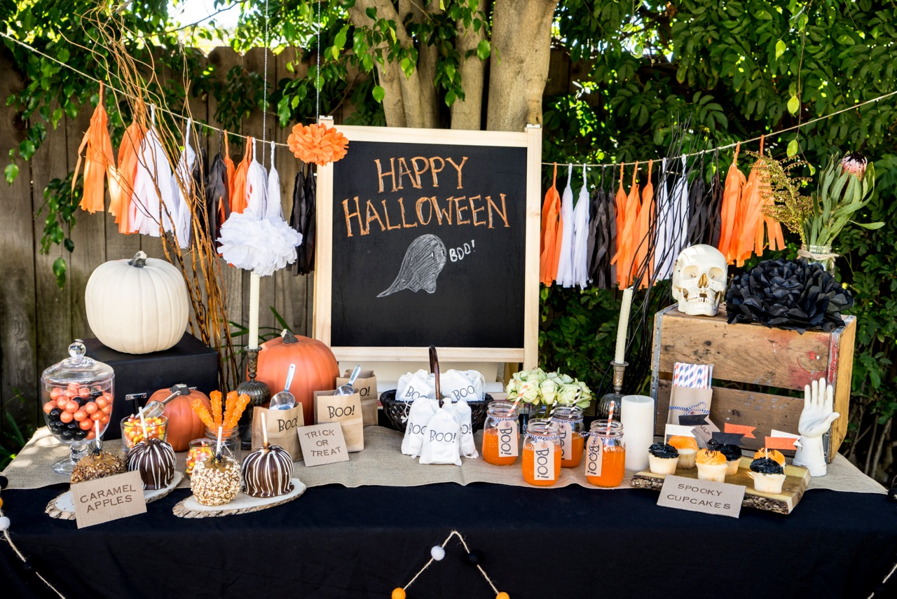 Halloween Party Items.13 Best Halloween Party Items To Make Your Party Extra Spooky Meet The Dietzlers